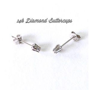 14k White gold Diamond Earrings (NWOT)  SALE